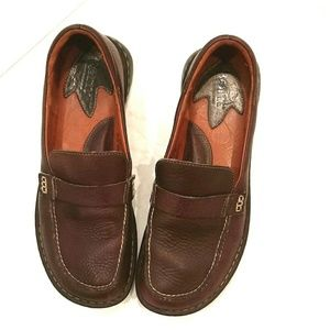 Born women's brown leather loafers
